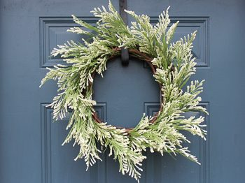 Easiest DIY wreath ever