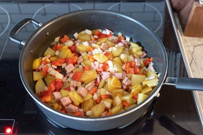One pan breakfast skillet recipe 4