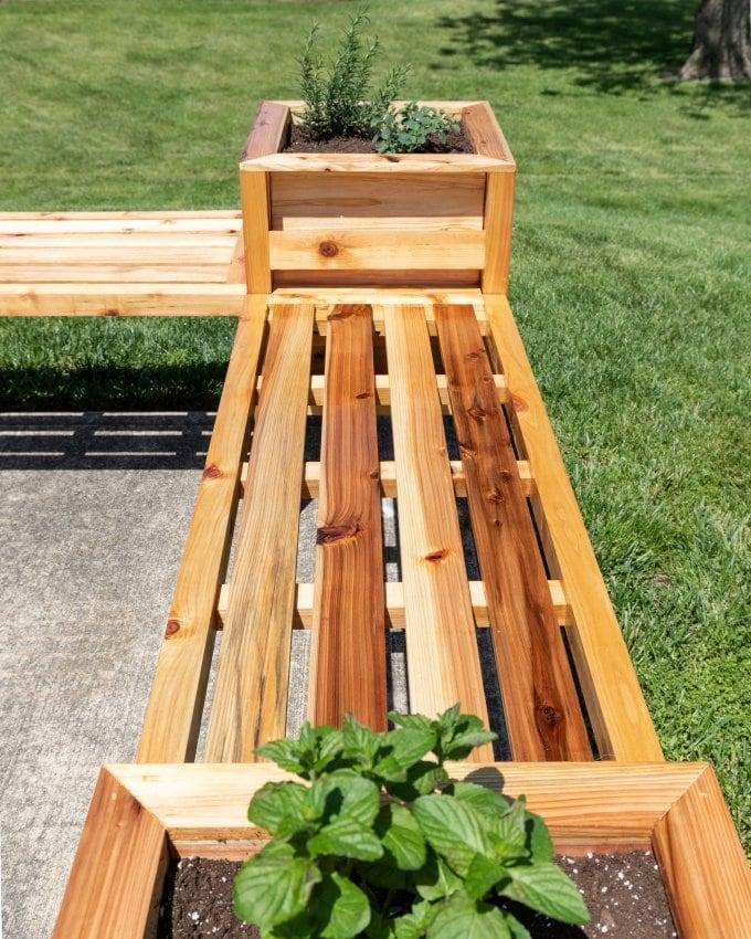 DIY Cedar planter bench 23