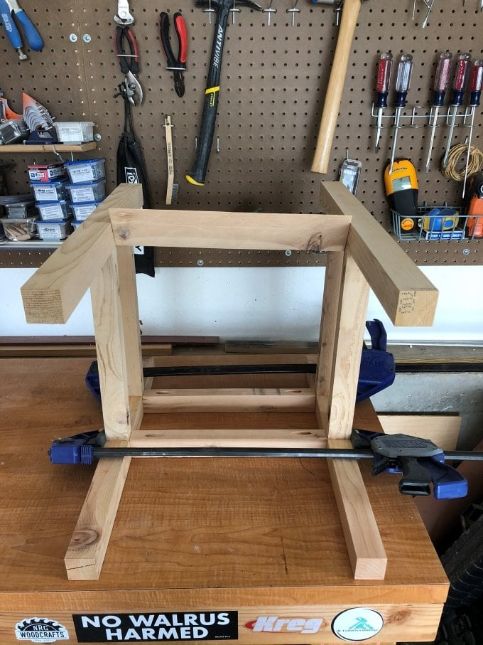 DIY Cedar planter bench 9