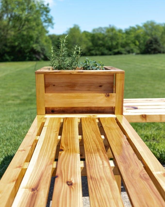 DIY cedar planter bench plans